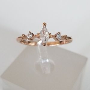 Jewelry - Delicate Rose Marquise Ring